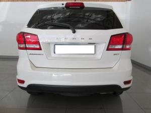 Dodge Journey2.4 automatic - Image 6
