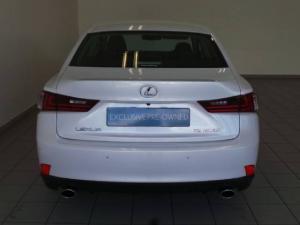 Lexus IS 200t E - Image 4