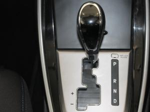Hyundai Elantra 1.8 GLS auto - Image 8