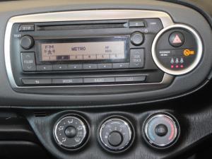 Toyota Yaris 5-door 1.0 XR - Image 10