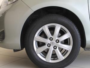 Toyota Yaris 5-door 1.0 XR - Image 8