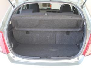 Toyota Yaris 5-door 1.0 XR - Image 9