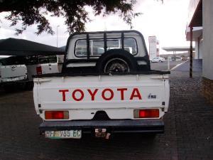 Toyota Land Cruiser 70 series Land Cruiser 79 4.0 V6 pick-up - Image 3