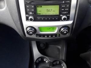 Kia Sportage 2.0 automatic - Image 13