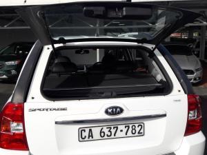 Kia Sportage 2.0 automatic - Image 5