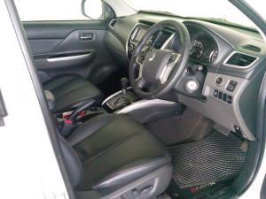 Mitsubishi Triton 2.4DI-D double cab auto - Image 3