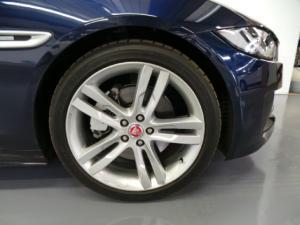 Jaguar XE 25t R-Sport - Image 3