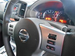 Nissan Pathfinder 2.5dCi SE auto - Image 6