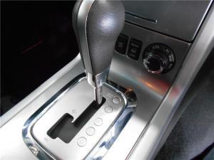 Nissan Pathfinder 2.5dCi SE auto - Image 7