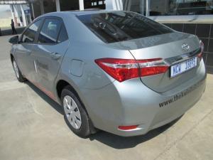 Toyota Corolla 1.3 Esteem - Image 6