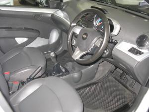 Chevrolet Spark 1.2 LT - Image 6