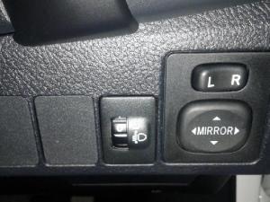 Toyota Corolla 1.6 Prestige auto - Image 13
