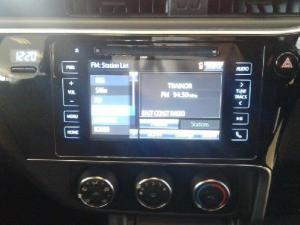 Toyota Corolla 1.6 Prestige auto - Image 18