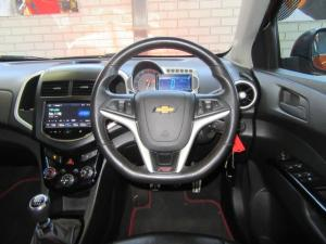 Chevrolet Sonic hatch 1.4T RS - Image 8
