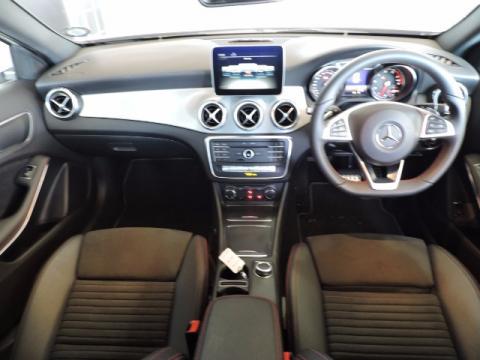 Image Mercedes-Benz GLA 200 automatic