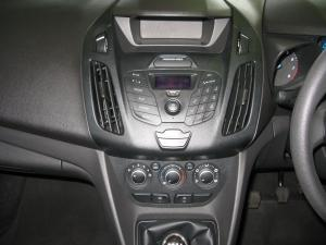 Ford Tourneo Connect 1.0T Ambiente - Image 8
