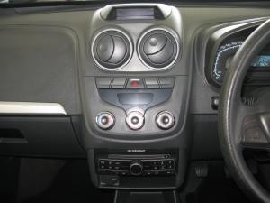 Chevrolet Corsa Utility 1.4 (aircon) - Image 9