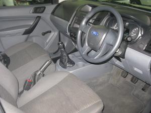 Ford Ranger 2.2 - Image 6