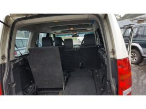 Land Rover Discovery 3 TDV6 SE - Image 8