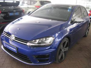 Volkswagen Golf R - Image 2