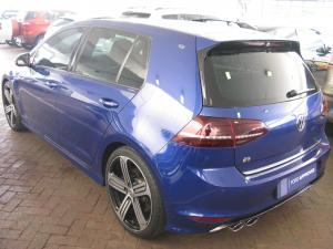 Volkswagen Golf R - Image 3