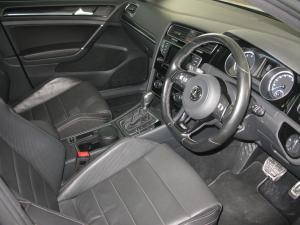 Volkswagen Golf R - Image 5