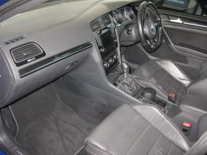 Volkswagen Golf R - Image 6