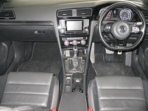 Volkswagen Golf R - Image 9
