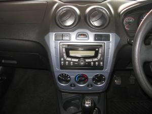 Ford Figo 1.4 Ambiente - Image 6