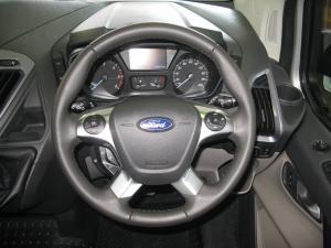 Ford Tourneo Custom 2.2TDCi SWB Limited - Image 6