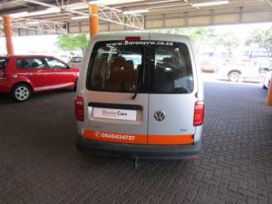 Volkswagen CADDY4 Maxi Crewbus 2.0 TDi - Image 2