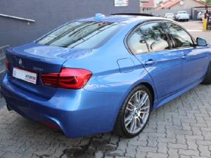 BMW 3 Series 320i - Image 3
