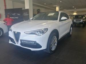 Alfa Romeo Stelvio 2.0T First Edition Q4 - Image 3