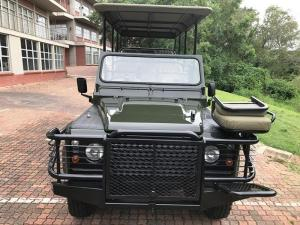 Land Rover Defender 110 2.2DS/C - Image 5