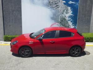 Alfa Romeo Giulietta 1750T Veloce TCT 5-Door - Image 14