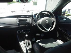 Alfa Romeo Giulietta 1750T Veloce TCT 5-Door - Image 19