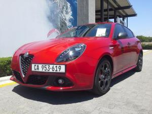 Alfa Romeo Giulietta 1750T Veloce TCT 5-Door - Image 5
