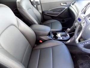 Hyundai Santa FE R2.2 AWD Elite 7S automatic - Image 14