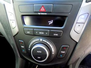 Hyundai Santa FE R2.2 AWD Elite 7S automatic - Image 24