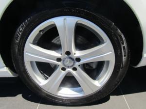 Mercedes-Benz E 200 Avantgarde - Image 10