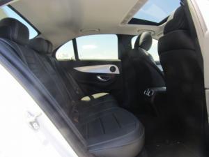 Mercedes-Benz E 200 Avantgarde - Image 3