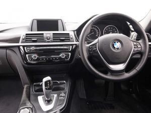 BMW 318i automatic - Image 6