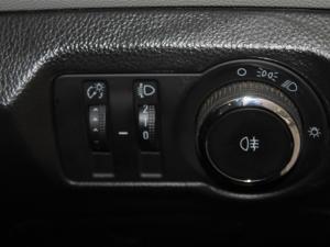 Chevrolet Cruze sedan 1.6 L - Image 18