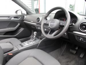 Audi A3 2.0T FSI Stronic Cabriolet - Image 12