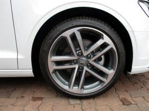 Audi A3 2.0T FSI Stronic Cabriolet - Image 14