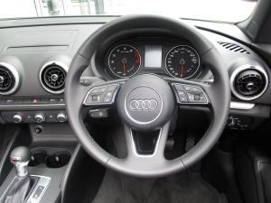 Audi A3 2.0T FSI Stronic Cabriolet - Image 8