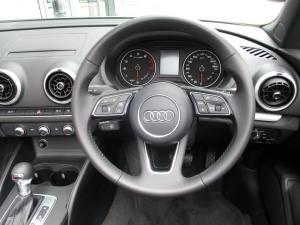 Audi A3 2.0T FSI Stronic Cabriolet - Image 8