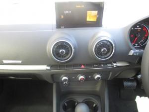 Audi A3 Sportback 2.0 TDI Stronic - Image 7