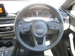 Audi A4 2.0 TDI Sport Stronic - Image 6
