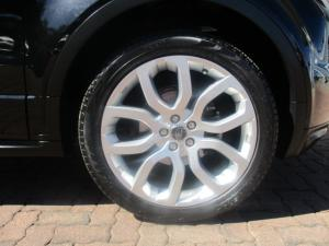Land Rover Evoque 2.0 Si4 Dynamic - Image 11